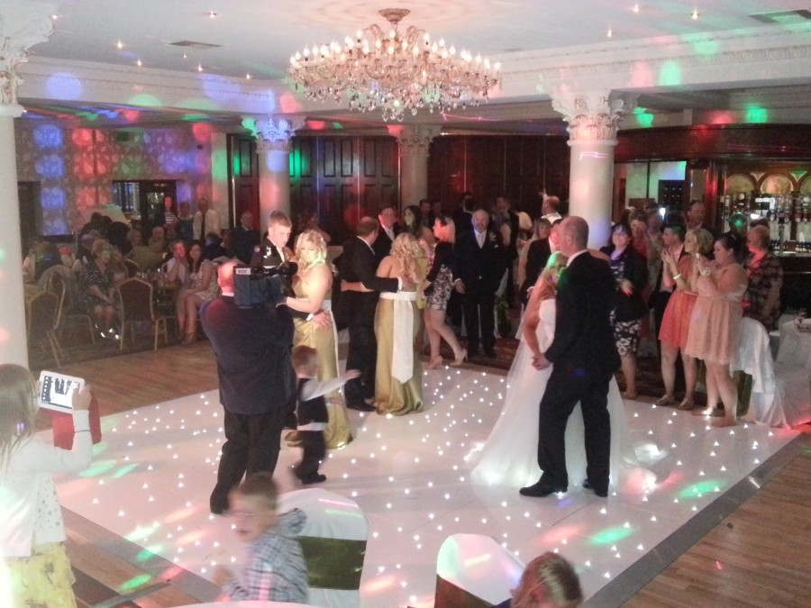 wedding party gallery page, led dance floor and wedding disco