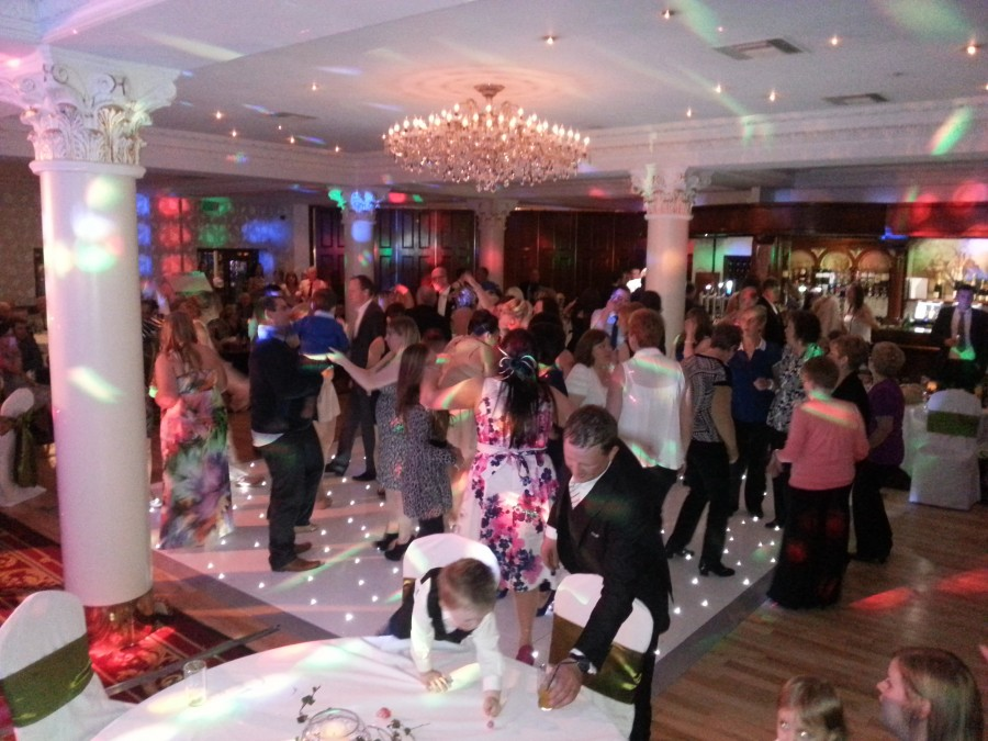 crowd tullyglass hotel the wedding disco - 2013-05-04 21.31.06